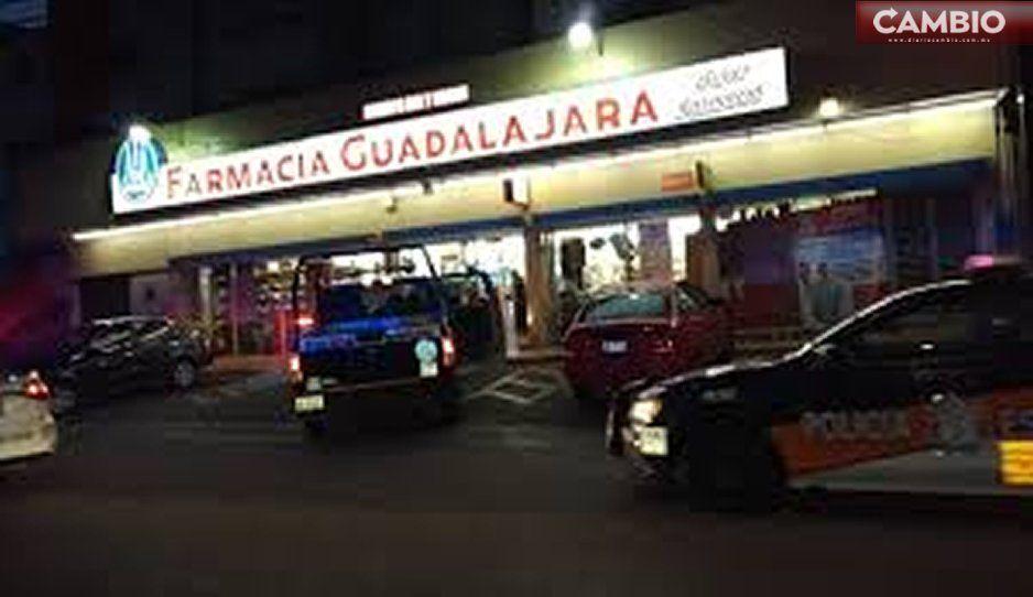 Asaltan Farmacias Guadalajara de Calzada Zavaleta: se llevan 32 mil pesos y las carteras de los clientes