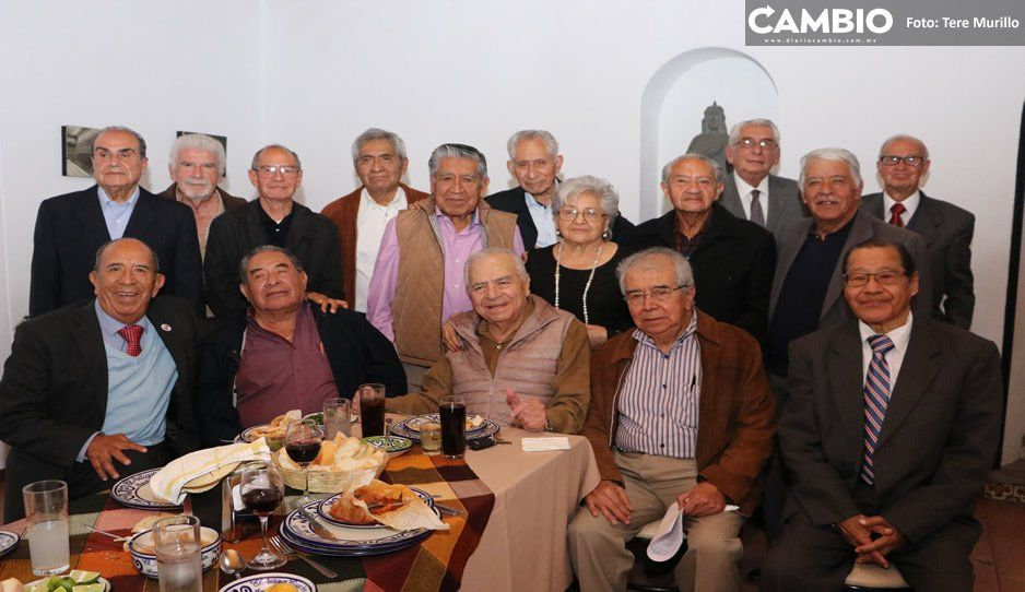 Don Gabriel Sánchez Andraca acude a reunión anual de abogados de la BUAP