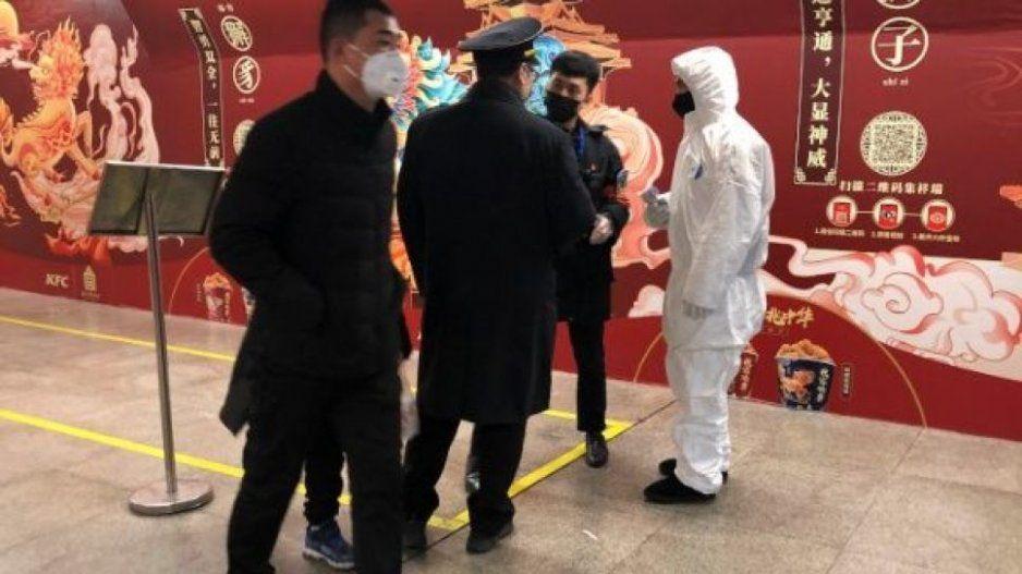 Rusos cierran fronteras con China para prevenir el coronavirus