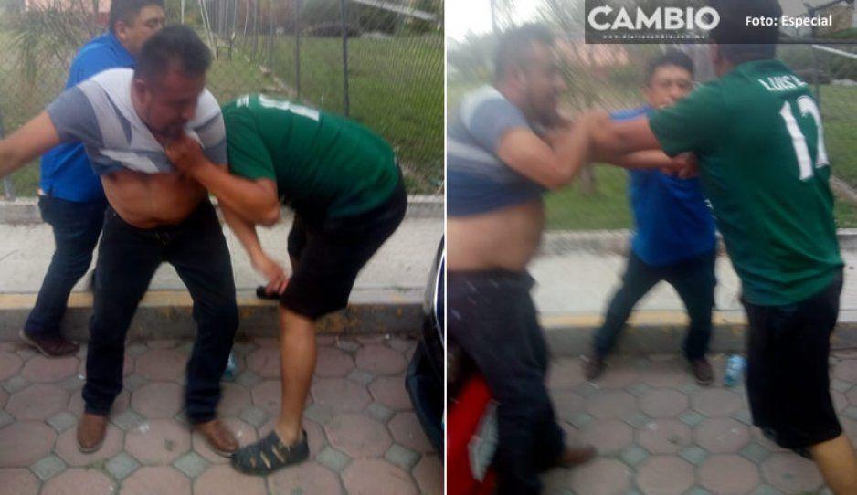 Funcionarios del ayuntamiento de Huaquechula arremeten contra inspector y lo mandan al hospital (VIDEO)