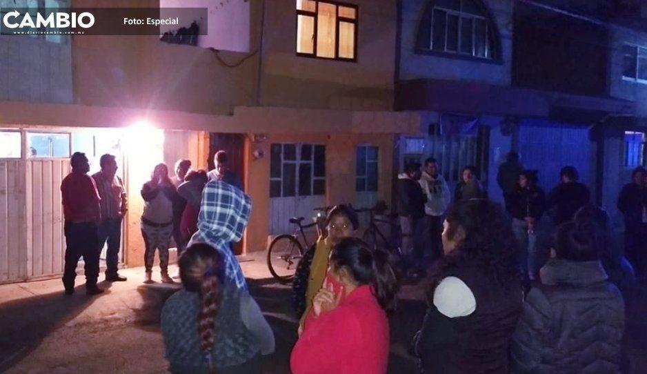 Padres protestan contra presidente  de comité de escuela en Momoxpan