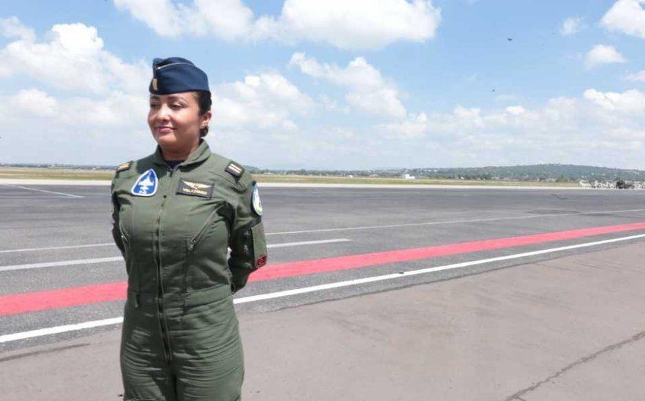Por vez primera vez dos mujeres volarán en el desfile del 16 de septiembre