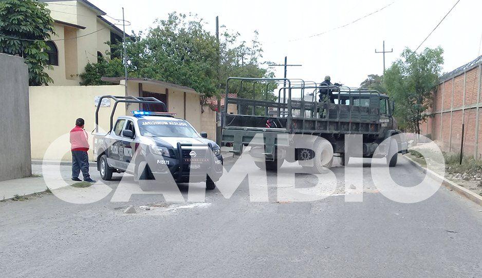 Atacan a balazos a policías de Texmelucan tras ubicar bodega de vehiculos robados (FOTOS y VIDEO)