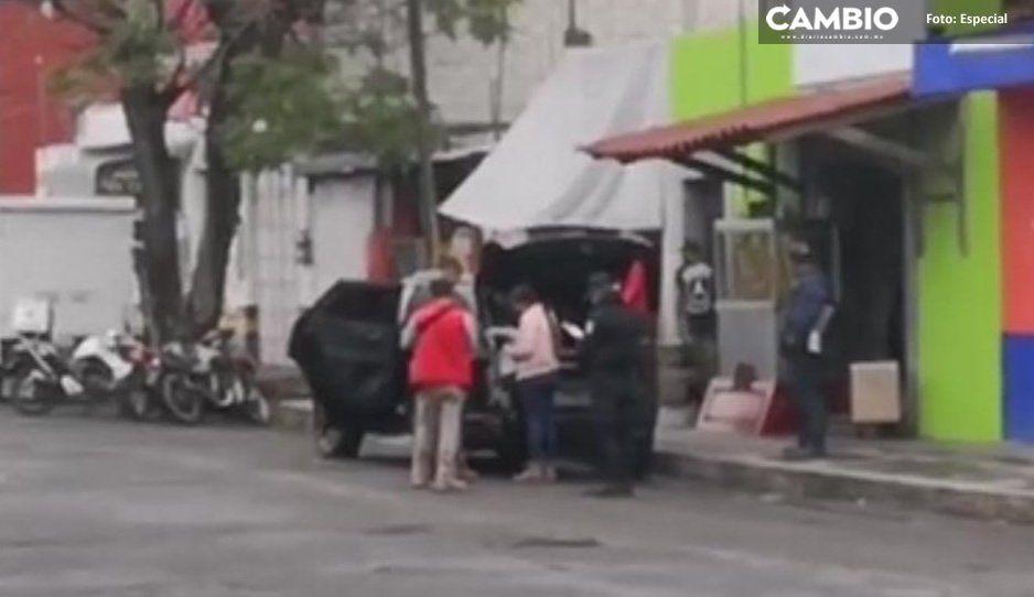 Se desata balacera en la 20 de Noviembre de Atlixco; un conductor resulta herido (VIDEO)