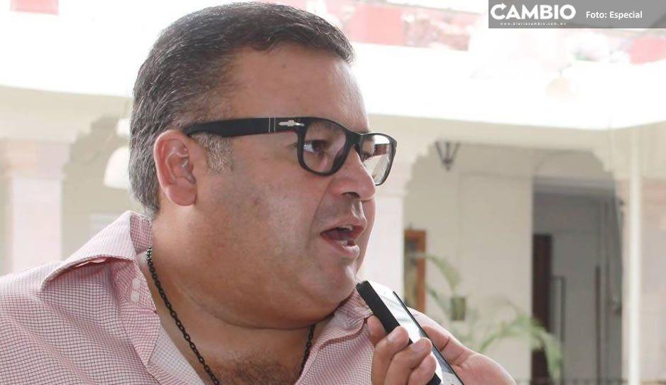Detienen a ex regidor de Teziutlán: borracho y con escopeta en mano quiso agredir a policías