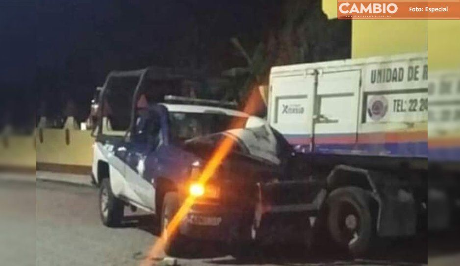 Policías ebrios de Xoxtla chocan contra camión recolector de basura