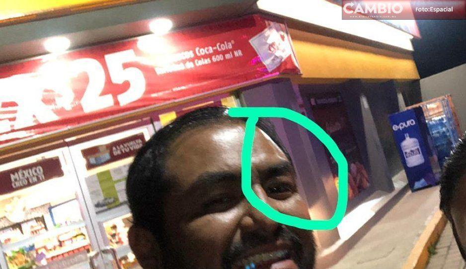 Asaltan Oxxo en San Pedro Cholula y ¡hasta golpean a reportero!