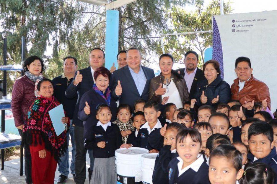 Ciudadanía y gobierno de Atlixco unen esfuerzos en pro de la comunidad educativa