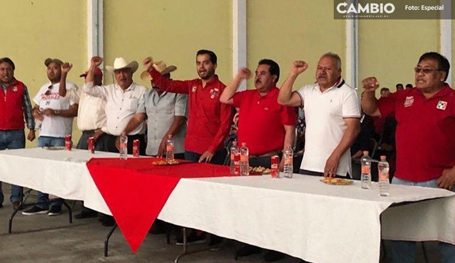 Encabeza Rosendo Morales y Marco de los Santos reunión con simpatizantes