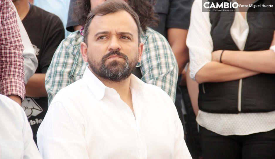 Tras ultimátum de Claudia, René Sánchez se compromete a disminuir a menos de mil los ambulantes