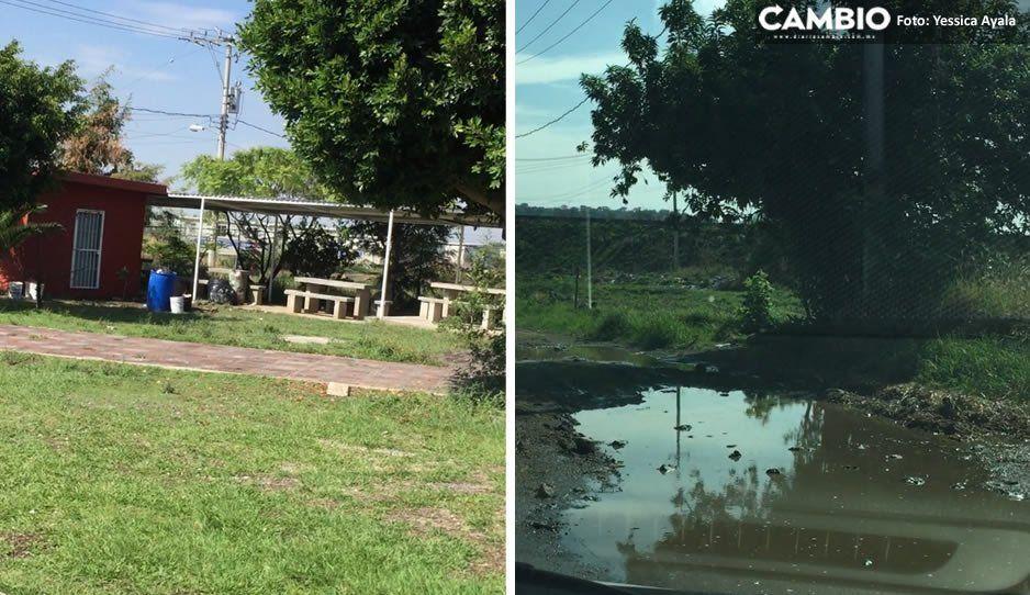 Se inunda escuela telesecundaria en Atlixco por fuertes lluvias
