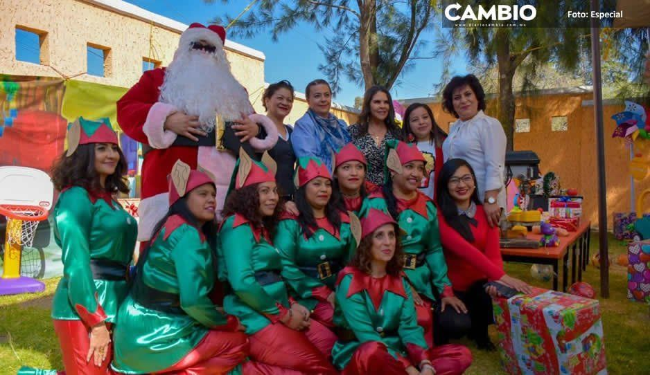 Norma Layón preside festejos navideños en guardería de San Martín Texmelucan