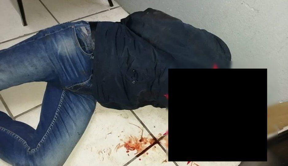 Agentes de Texmelucan golpean brutalmente a un policía federal; le roban su celular y cartera