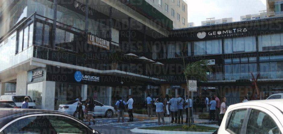 Edificios en Cancún son desalojados por terremoto en el Caribe (VIDEO)