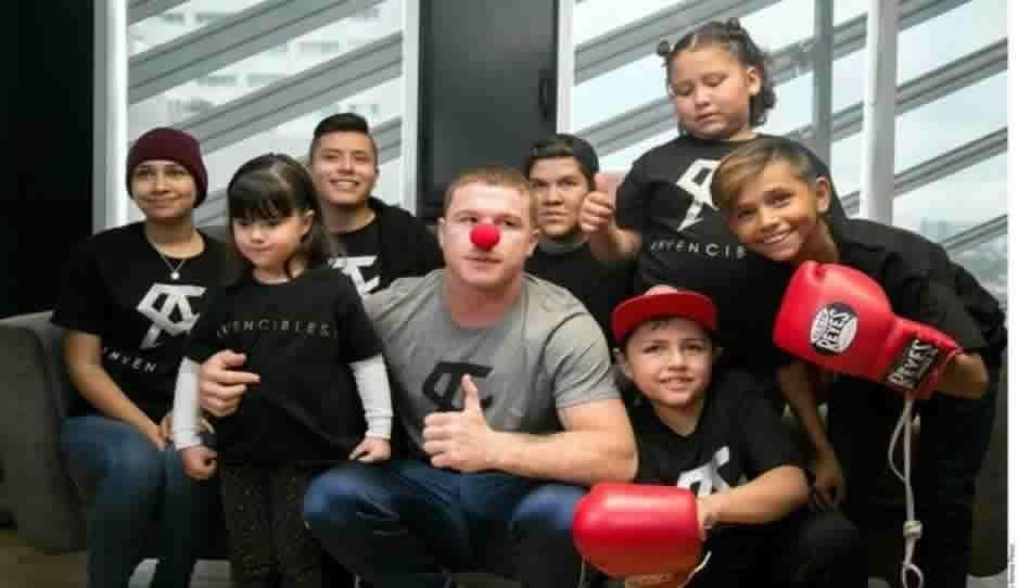 Ayudará Canelo Álvarez a comprar medicinas para niñitos con cáncer