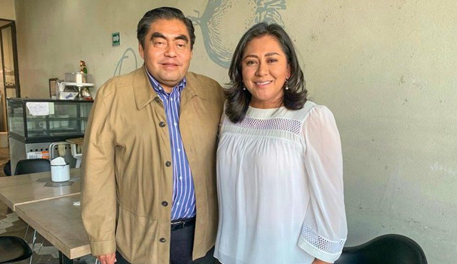 Nadia Navarro se suma a los traidores del PAN y se reúne con Miguel Barbosa