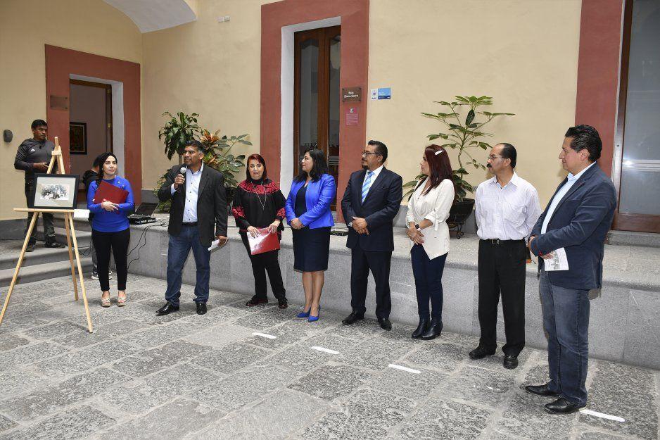 Inauguran Exposición Fotográfica del Municipio de Cuautlancingo, En el pequeño bosque