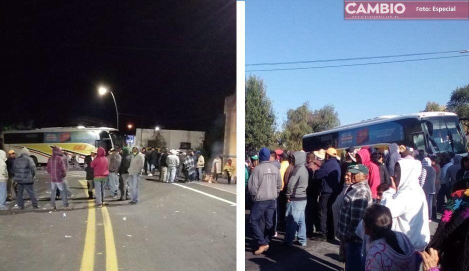 Cumple 24 horas cerrada la carretera federal en Aljojuca