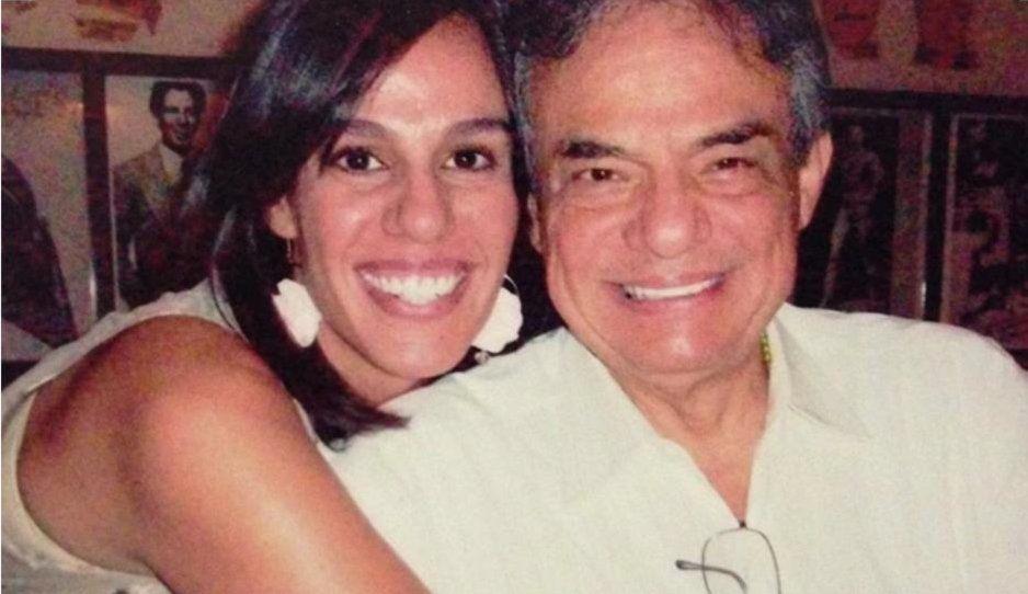 Hija de José José lucra con la muerte de su padre: dará lujoso show en Puebla