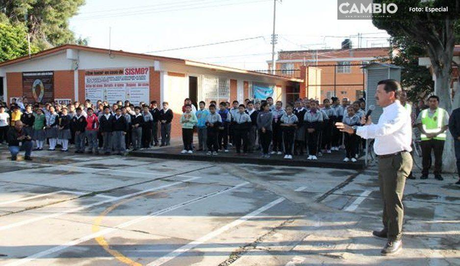 Dota gobierno de San Pedro Cholula a primaria de infraestructura sanitaria y domo