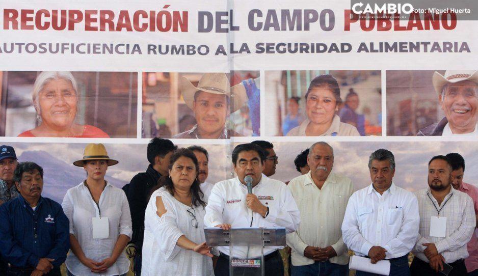 No más mototractores, promete Barbosa en foro Recuperación del Campo Poblano