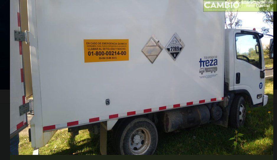 Buscan a camión con químicos y a los dos choferes que lo tripulaban en El Verde-Texmelucan