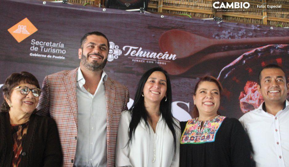 Felipe Patjane no guisa ni un mole de caderas;  Turismo estatal abre temporada en Tehuacán