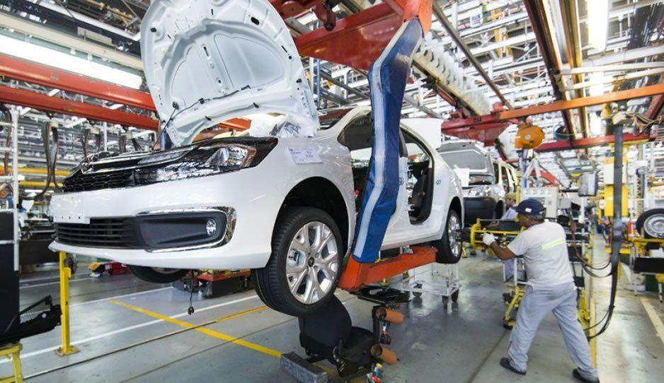 México alcanza un sexto lugar histórico en la producción de autos a nivel mundial
