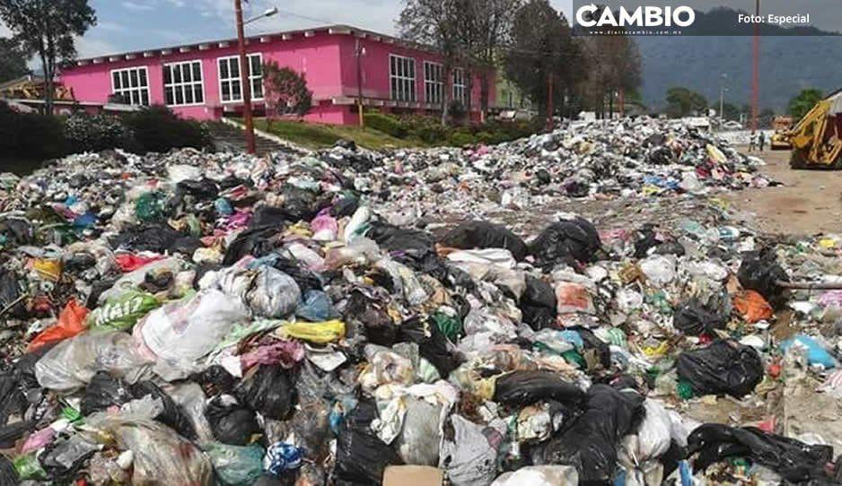 A un mes del evento, recinto ferial de Huauchinango es un cochinero