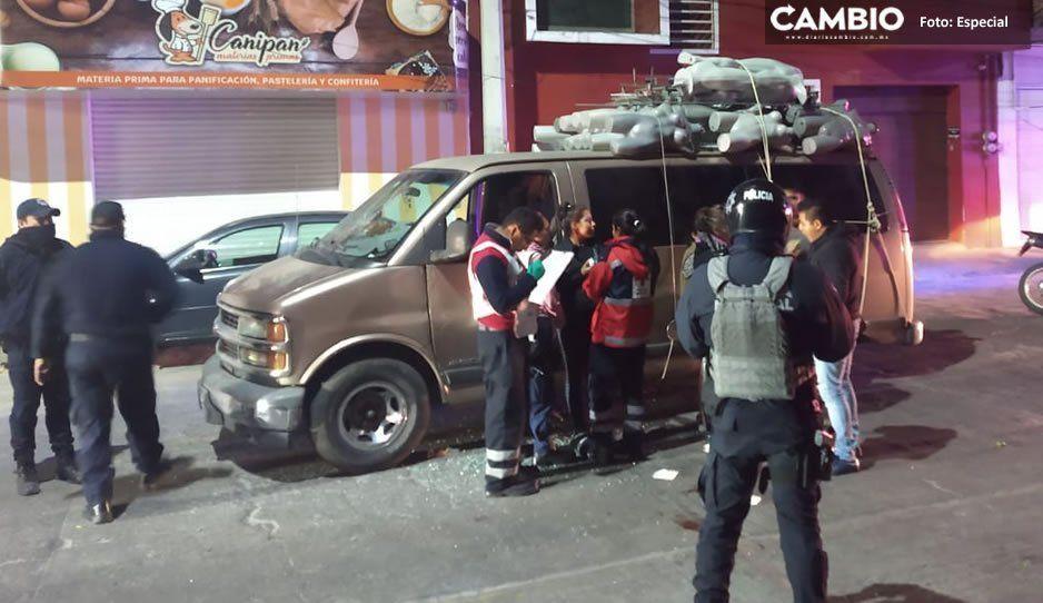 Le disparan a comerciante durante asalto en el centro de Texmelucan (VIDEO)