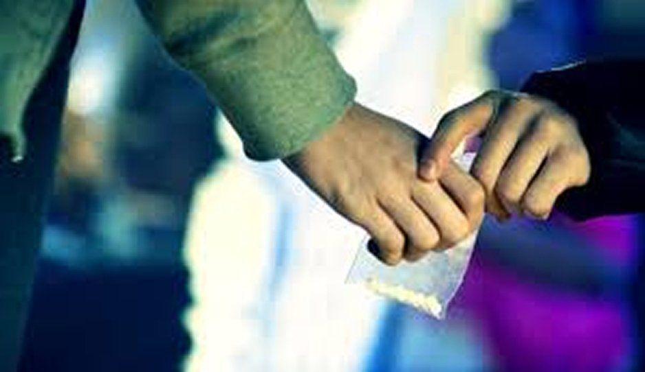 ¡Otra relación tóxica! Su novio la golpea y lo denuncia por vender drogas en Chingnautla