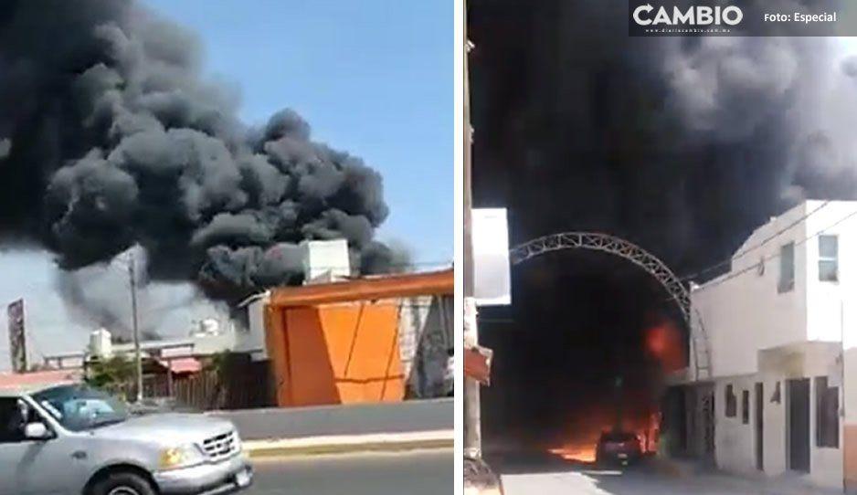Arde recicladora, una casa y un taller mecánico en la federal a Atlixco (FOTOS y VIDEOS)