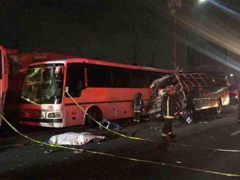 ¡El peor Buen Fin! Terrible accidente en la México-Pachuca deja al menos 10 muertos (VIDEO)