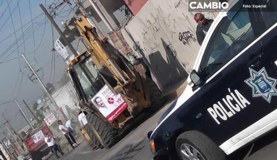 Edil Mario de la Rosa apoya a candidato de Chachapa con maquinaria oficial en Amozoc