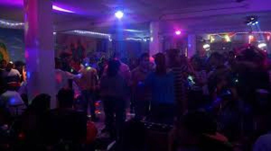 Terror en Tropical Lobombo, antro en Texmelucan, balean en pleno baile