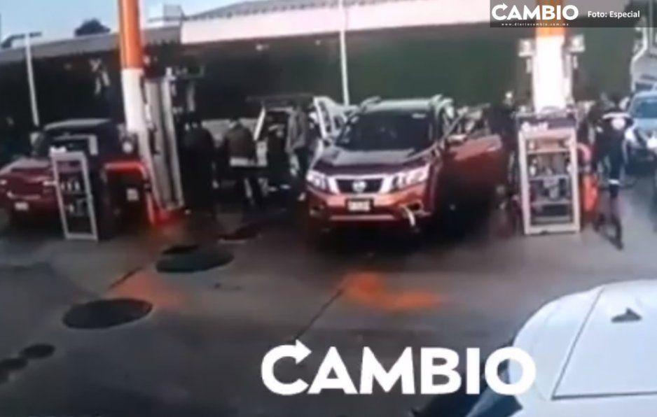Otro video del pavoroso levantón y asalto en gasolinera de Amozoc (VIDEO)
