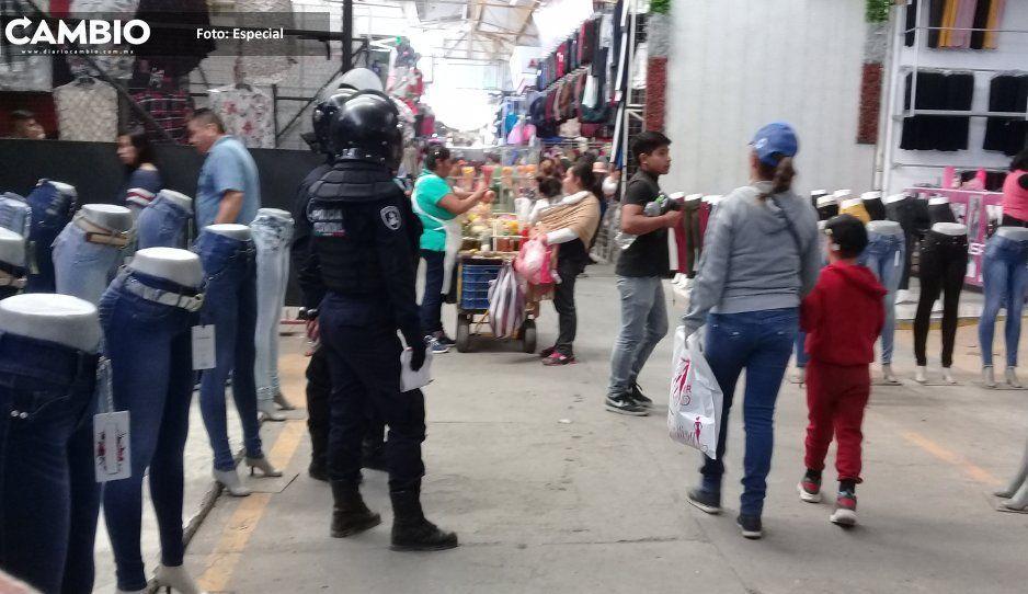 A punto de los golpes, agrupaciones de  tianguistas en San Martín Texmelucan
