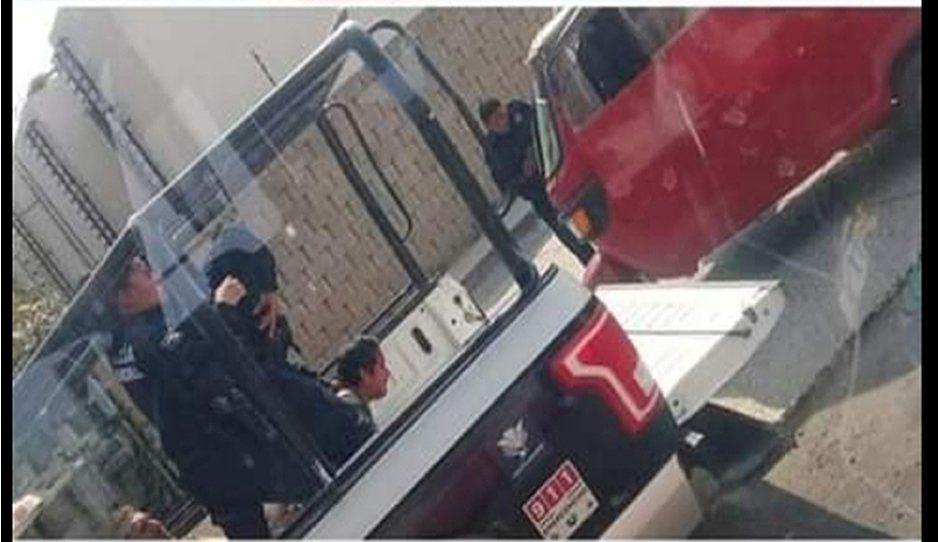 Policías de Cuautlancingo rafaguean a mototaxi tras intentar burlar operativo (VIDEO)