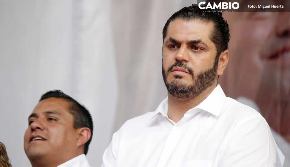 Felipe Patjane da atole con el dedo a sindicalizados de Tehuacán: no paga