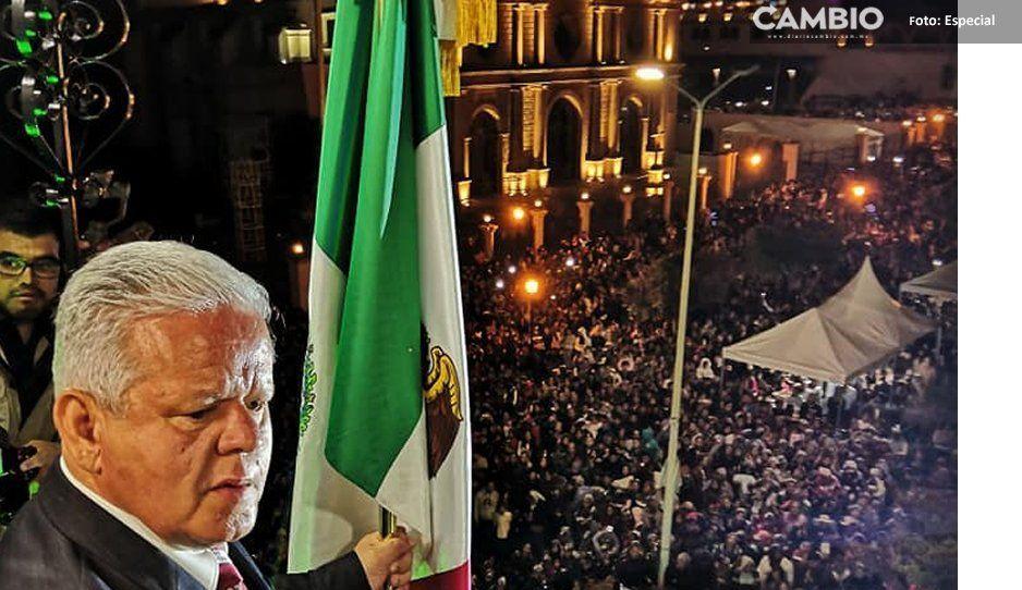 Carlos Peredo celebra aniversario de la Independencia de México en Teziutlán (FOTOS)