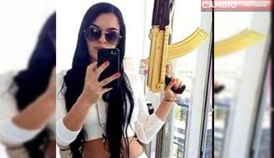 Ésta era el arma de La Catrina, sicaria michoacana, abatida en combate
