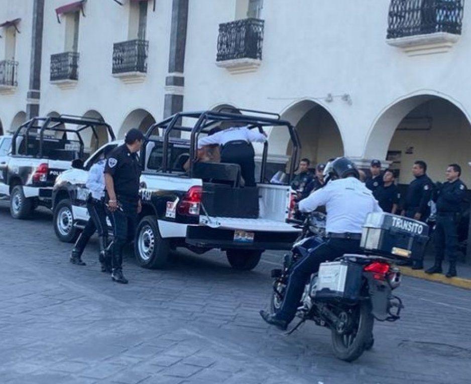 Policías de Huejotzingo detiene a sujetos y recuperan camioneta cargada  con varios artículos