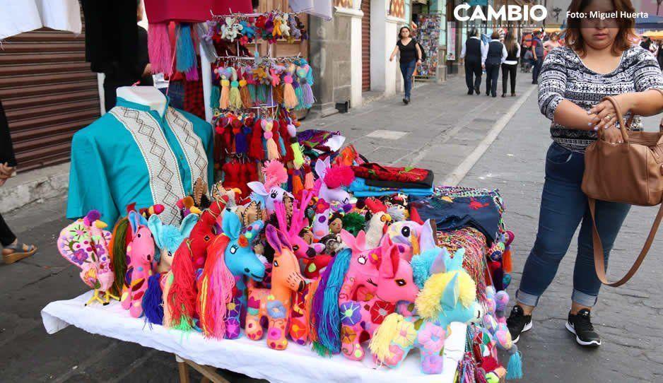 Ambulantes atestaron CH noche del Grito, vendieron de todo; sólo se permitía comida