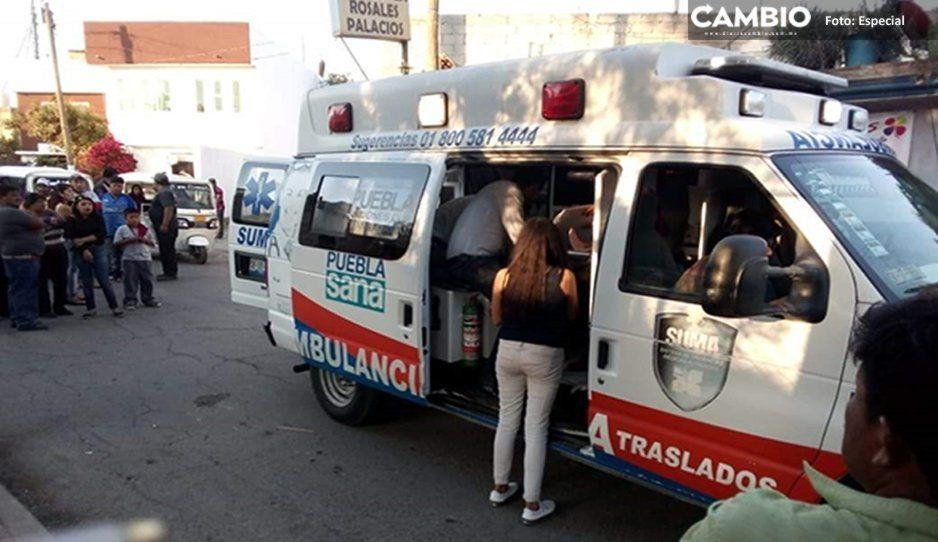 Volcadura de mototaxi en Coronango deja a una mujer y a un menor lesionados; el conductor se da a la fuga