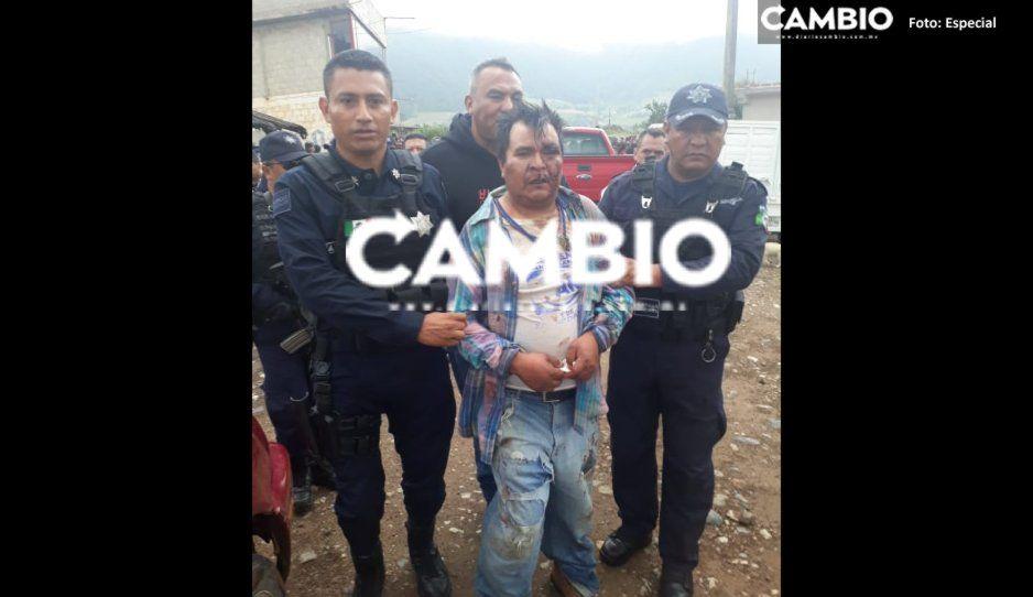 Secuestrador se salva de ser linchado pero pobladores de Zacapoaxtla lo dejan como Santo Cristo