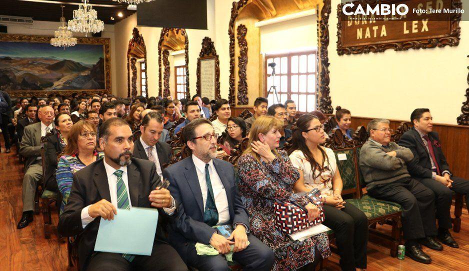 Presenta Jesús Salgado el libro Concursos Mercantiles en la Escuela Libre de Derecho