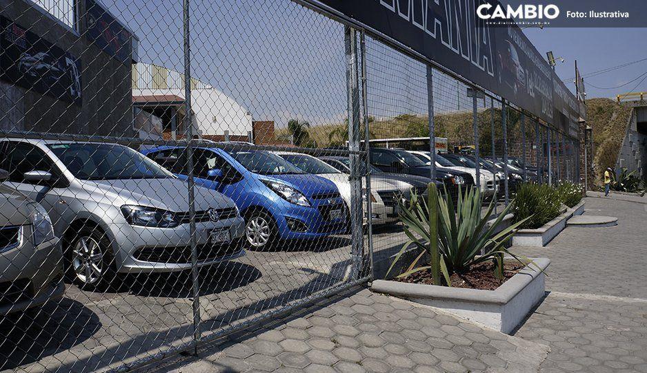 Atracan y balean a vendedor de autos usados en Atlixco