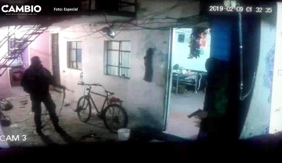 VIDEO: Miembros de la Policía Militar roban durante cateo en una casa de Puebla