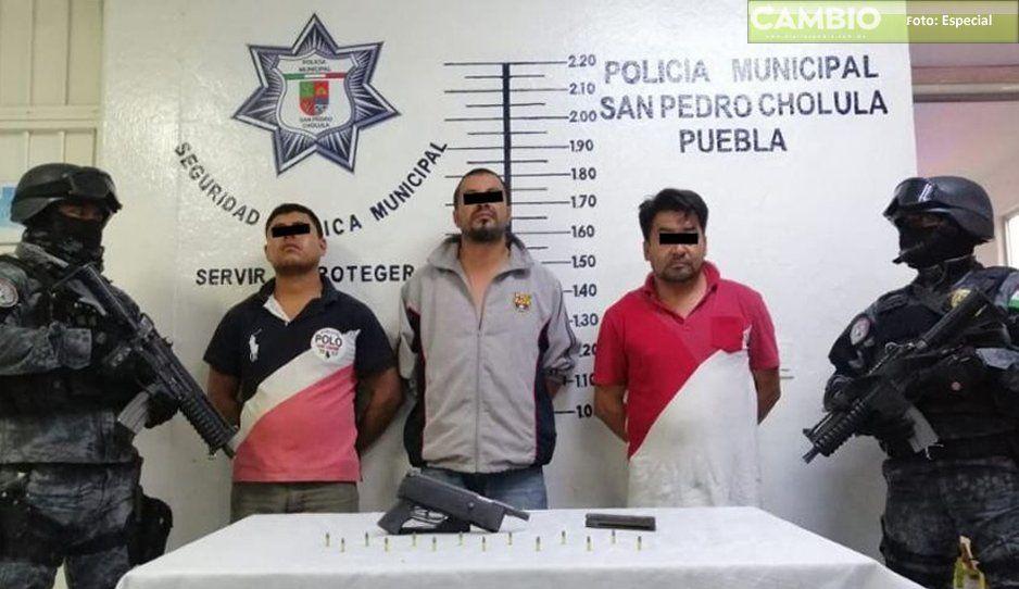 Policía detiene tres hombres por portación de arma de fuego sin licencia en San Pedro Cholula
