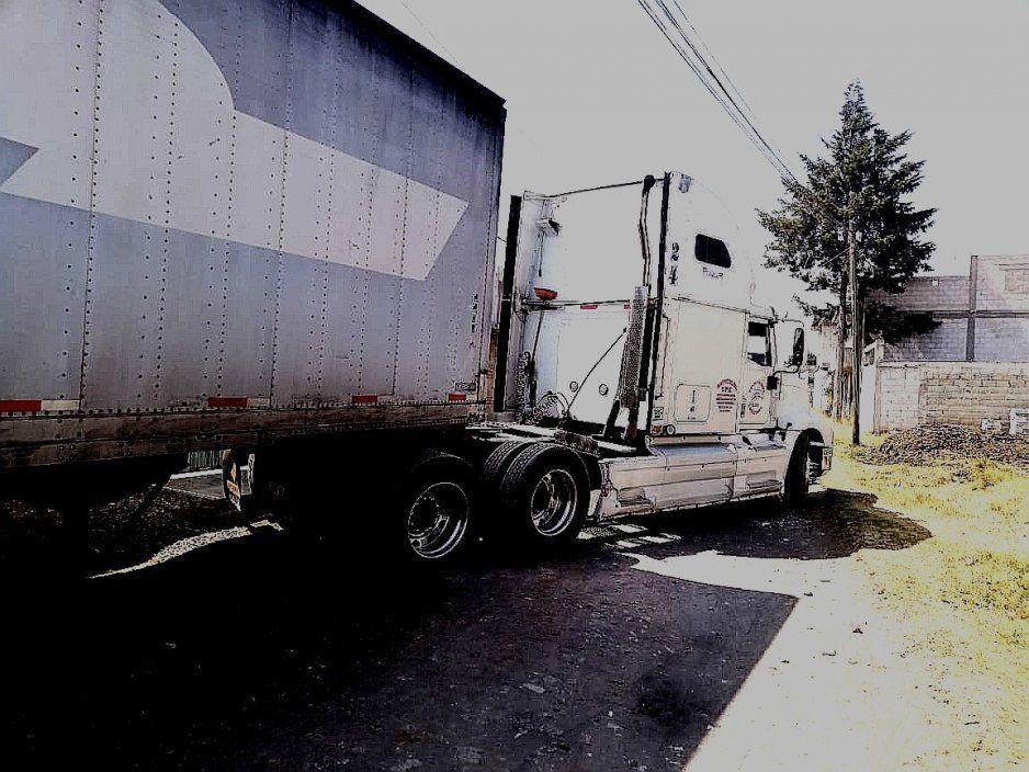 Otro tracto camión recuperado en Texmelucan, ahora en junta auxiliar de San Jerónimo